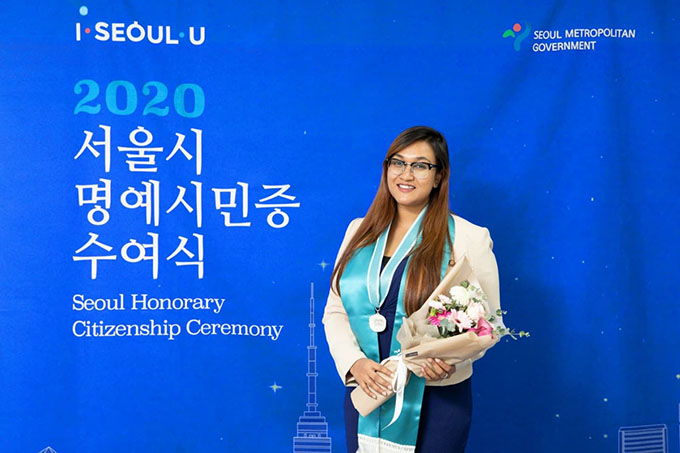 http://www.iub.edu.bd/articles/index/1652/IUB-EEE-Alumna-Wins-2020-Seoul-Honorary-Citizenship-Award